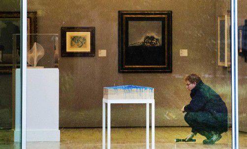 Die Spurensicherung in der Rotterdamer Kunsthalle ist abgeschlossen, nun werden die Überwachungskameras ausgewertet. Foto: EPA