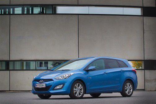 Die Stylingkur, die zu einer jetzt markanten Front- und Heckpartie geführt hat, tut dem Hyundai i30 cw gut. Fotos: vn/Steurer