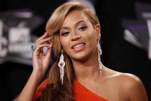 Die US-Sängerin wird in der Halbzeitpause des nächsten Super Bowls für die musikalische Unterhaltung sorgen.