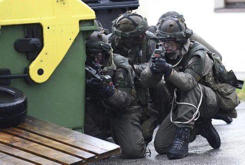 Bundesheer-Soldaten einer Gebirgsjäger-Kompanie während einer Übung in Saalfelden.  FOTO: APA
