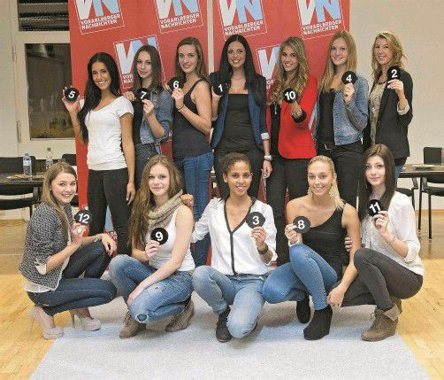 Direkt im Anschluss an das Casting durften die Kandidatinnen ihre Startnummern für ihren großen Auftritt bei der Misswahl ziehen.