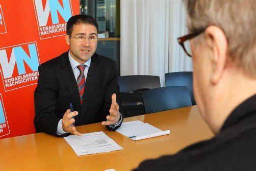 """Dr. Gerhard Mayer: """"Rechtsfrieden ist unschätzbar wertvoll. Vor allem in der Familie."""" Foto: vn/hofmeister"""