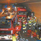 Mehrere Verletzte bei Unfall im Pfändertunnel