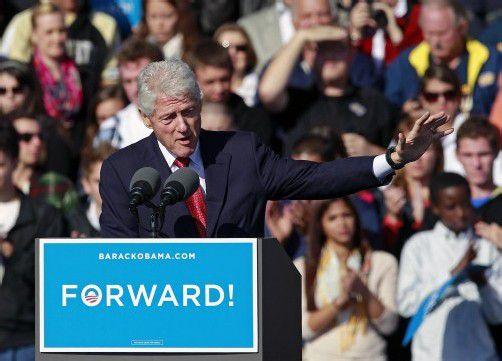 Ex-Präsident Bill Clinton übernimmt die Wahlkampf-Agenden.