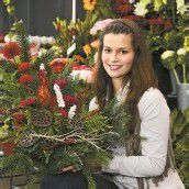 Blumen zu Allerheiligen als Zeichen der Verbundenheit