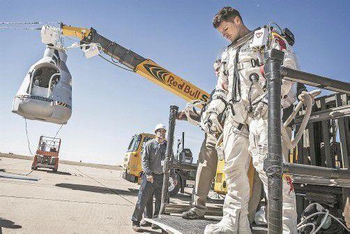 Felix Baumgartner und sein Team waren für das große Abenteuer bereit. Allein, das Wetter machte nicht mit. Fotos: Red Bull