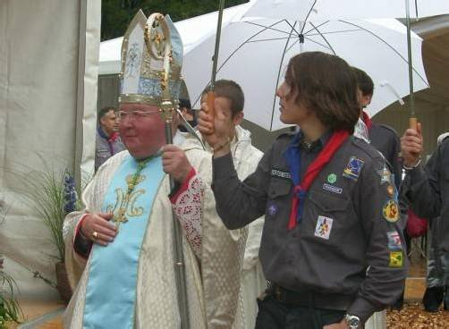 Für Erzbischof Haas sind die Neuerungen unannehmbar. Sein Erzbistum müsste mit einem Drittel weniger Geld zurechtkommen. Foto: sm