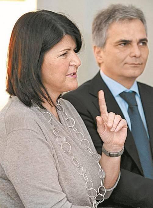 Gabi Burgstaller mit SPÖ-Chef Kanzler Faymann. Foto: APA