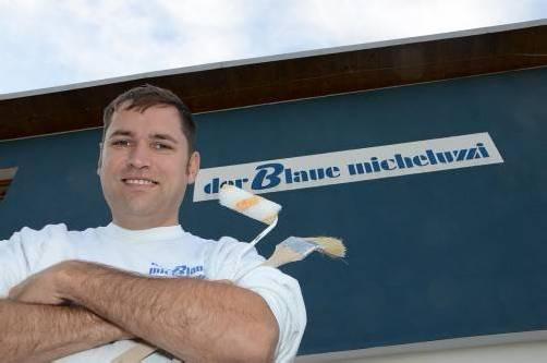 Geschäftsführer Markus Micheluzzi ist, so viel es geht, selber auf den Baustellen tätig. Foto: vn/Tobias Hämmerle