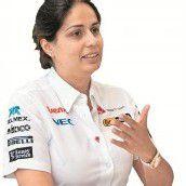 Eine Frau macht in der Formel 1 Karriere