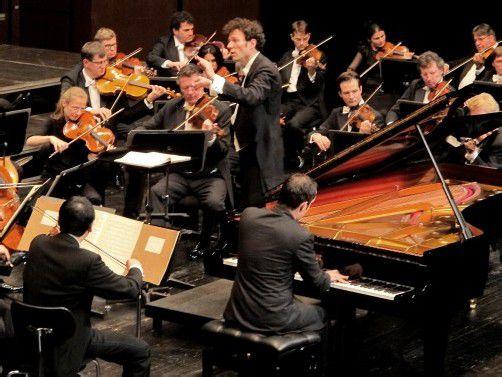 Igor Levit mit der NWD Philharmonie in Dornbirn. Foto: JU