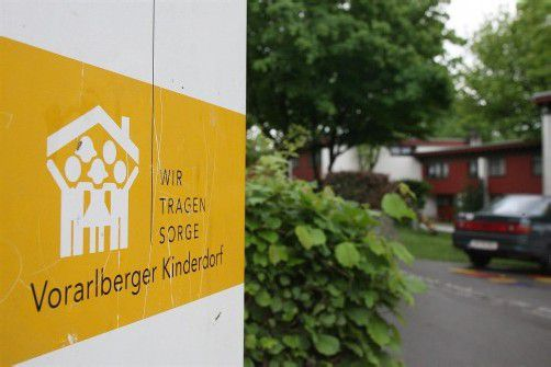 Im Vorarlberger Kinderdorf ließ die BH Baden beide Kinder aus Traiskirchen um zwei Uhr früh abliefern. Unbegleitet. Foto: VN/Riethbaum