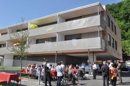In Koblach wurden neun gemeinnützige Wohnungen übergeben. Bedarf besteht aber weiterhin. Foto: hbr