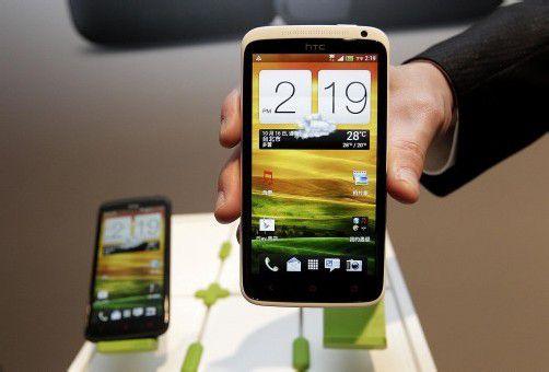 In drei Jahren zwei Milliarden Smartphones. Foto: reuters