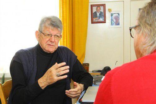 Interview Bischof Kräutler; Interview bei Erwin Kräutler zuhause; in Kräutlers altem Elternhaus