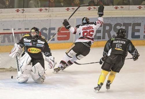 Jarusek erzielte in der 13. Minute den Ausgleich, dann gab Znojmo Gas – erst im Schlussabschnitt kam Dornbirn zurück ins Spiel. Foto: Hartinger