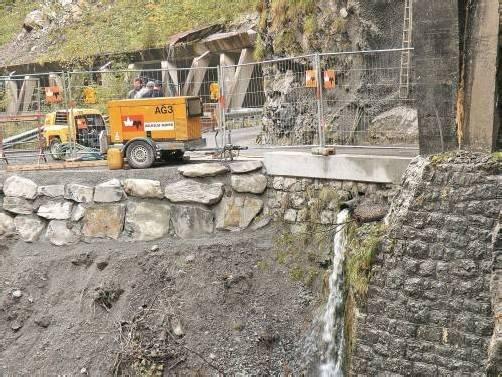 Kleinere Restarbeiten an der Brücke werden noch durchgeführt. Foto: eh