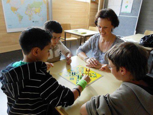 Lernen und spielen in entspannter Atmosphäre im Lerncafé. Foto: cv