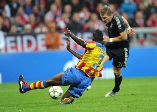 Mittelfeldspieler Sebastian Schweinsteiger erzielte im ersten Spiel der Bayern gegen Valencia das Tor zum 1:0. Foto: epa