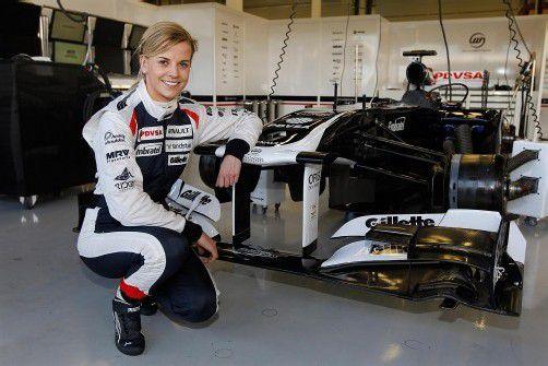 Neue Erfahrung: Susie Wolff durfte in Silverstone in das Williams-Formel-1-Auto einsteigen. Foto: GEPA