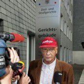Niki Lauda als Zeuge in Vaduz