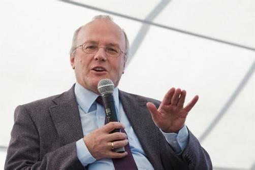 """Reinhard Haller referiert zum Thema """"Wie viel ist zu viel"""". VN/PS"""