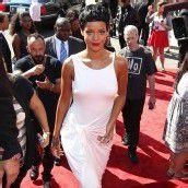 Rihanna wartet auf Traummann