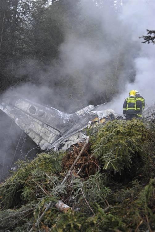 Sechs Menschen kamen beim Absturz ums Leben. foto: apa