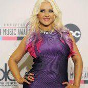 Christina Aguilera steht zu ihren Kurven
