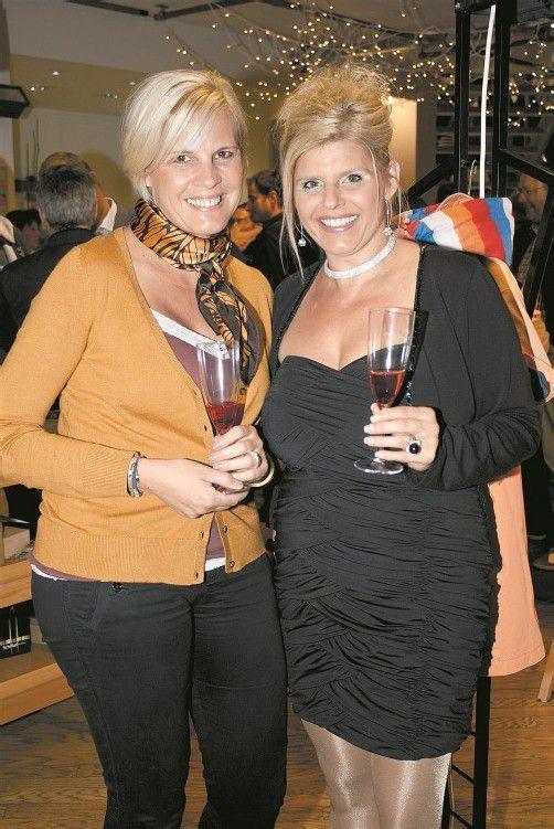 Tanja Schnetzer (l.) mit Manuela Seger. FotoS: FRANC