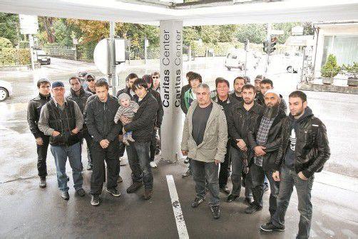 Tschetschenen hatten mit Hungerstreik gedroht, zogen aber frühzeitig vom Caritas-Center in Feldkirch ab. Foto: VOL/Sascha Schmidt