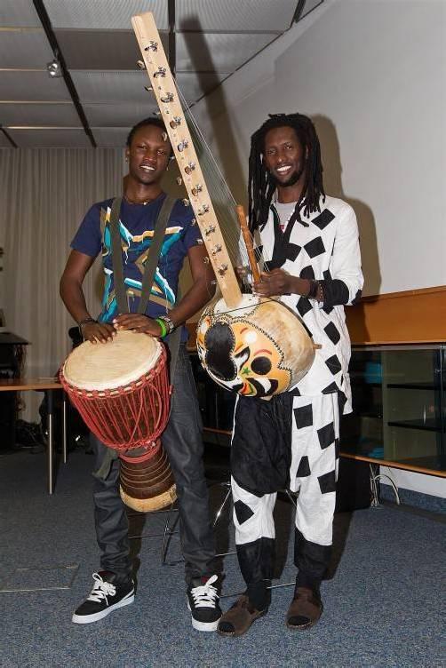 Umrahmten den Abend musikalisch: Sadio und Moussa Cissokho.