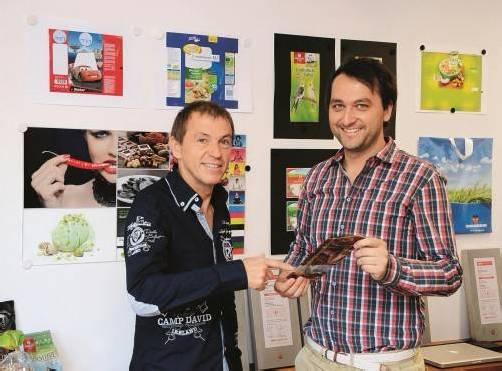 V.l.: Manfred Schrattenthaler (Geschäftsführer Glatz Klischee) und Johannes Glatz (Geschäftsführer Glatz Gruppe). Foto: VN/reiner