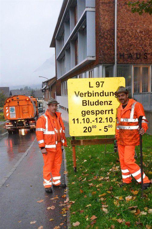 Wird derzeit saniert: die L97 im Bereich Innerbraz. Foto: DOB
