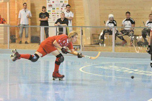 Wolfurt-Youngster Patrick Eberle konnte sich in beiden Partien je ein Mal in die Torschützenliste eintragen. Foto: schwämmle