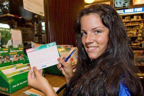 Zehn Millionen Euro werden am Sonntag ausgespielt: Die Lotterien rechnen mit 13,5 Millionen Tipps. Foto: Steurer