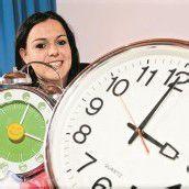 Zeitumstellung Nacht ist eine Stunde länger /A9