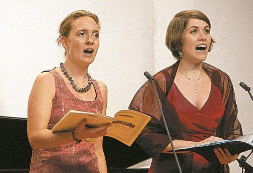 Aglaia Maria Mika und Daniela Lehner. Foto: HH