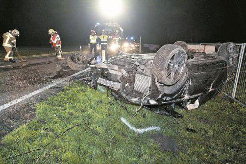 Alkohol am Steuer: Nach diesem Unfall im März 2012 musste der AWD-Berater seinen Führerschein bei der Polizei abgeben. Foto: D. Mathis