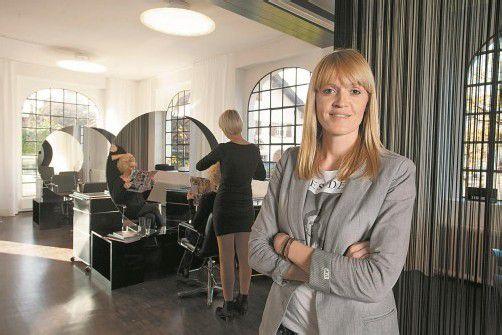 Ariane Riedl in ihrem neuen Geschäftslokal in Dornbirn. 2013 ergänzt sie ihr Angebot um Kosmetik.