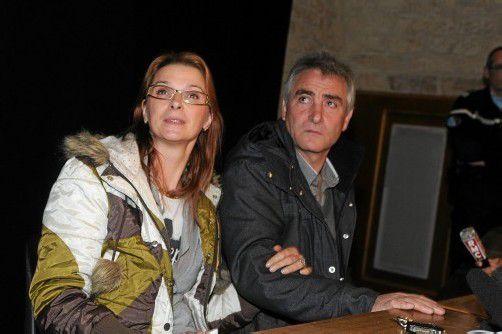 Auf einer Pressekonferenz erzählten die Eltern von Chloés Martyrium. Foto: epa