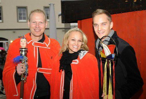 Das 45. Prinzenpaar von Hostede in Feierlaune. Foto: AJK