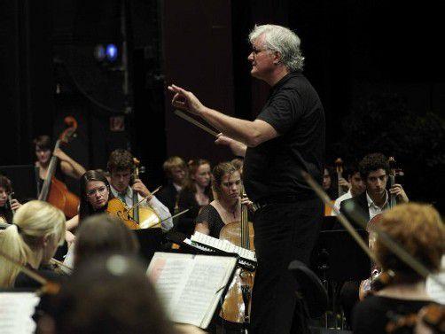 """Das Orchester Collegium Instrumentale konzertiert unter der Leitung von Guntram Simma beim 2. Abokonzert der Reihe """"Dornbirn Klassik"""" im Kulturhaus. foto: veranstalter"""