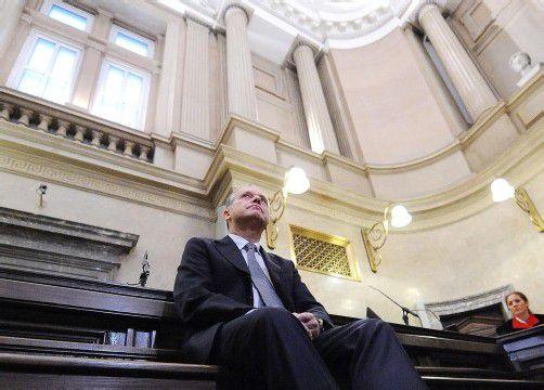 Der ehemalige EU-Abgeordnete rechtfertigt sich: Von Bestechung könne keine Rede sein, er habe selbst gegen Gauner ermittelt. Foto: APA
