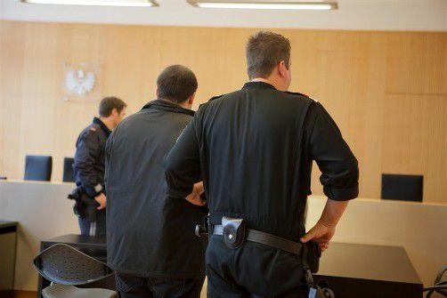 Der sechsfach vorbestrafte Angeklagte hatte drei Mal auf sein Opfer eingestochen. Foto: VN/Hartinger