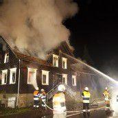 100 Jahre altes Haus durch Brand zerstört