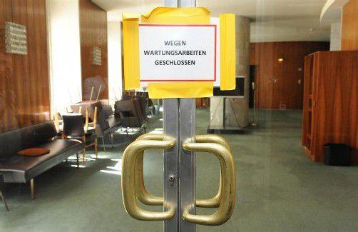Die Qualität der Bundespolitik entspricht dem baulichen Zustand des Parlamentsgebäudes, findet DI Hubert Grabher. Foto: APA