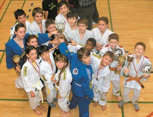 Die erfolgreichen Nachwuchs-Judokas des UJC Dornbirn. Foto: verein