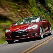 Tesla bringt E-Limousine mit 500 Kilometern Reichweite