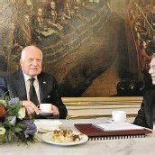 Bei Kaffee und Kuchen in der Hofburg
